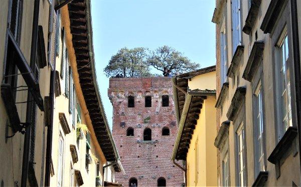 Le Torri di Lucca